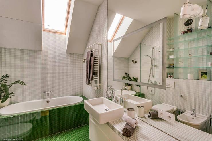 Apartment w Libertowie pod Krakowem: styl , w kategorii Łazienka zaprojektowany przez Biuro Projektowe Pióro