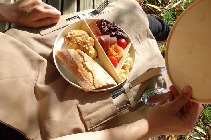 Picnic use meal box:  Garten von Weena Lee Industrial designer