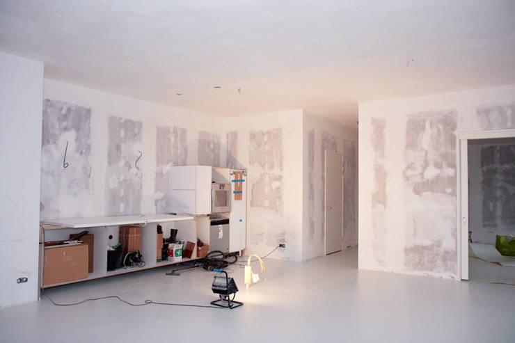 de estilo  por WandenPlafondSpuiten.nl | latex spuiten | spack spuiten | stucwerk
