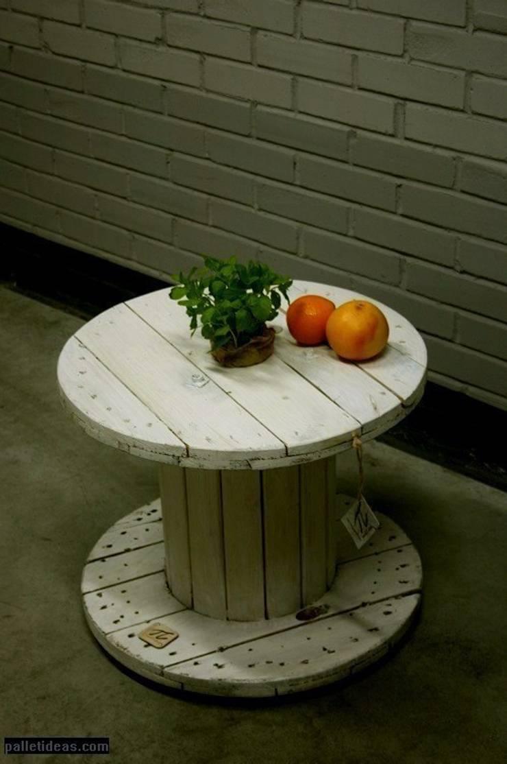 Stolik ze szpuli: styl , w kategorii  zaprojektowany przez Palletideas,Industrialny