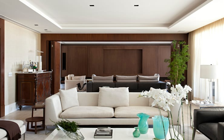 Estar : Salas de estar  por Liane Mazeron Rump Arquitetura