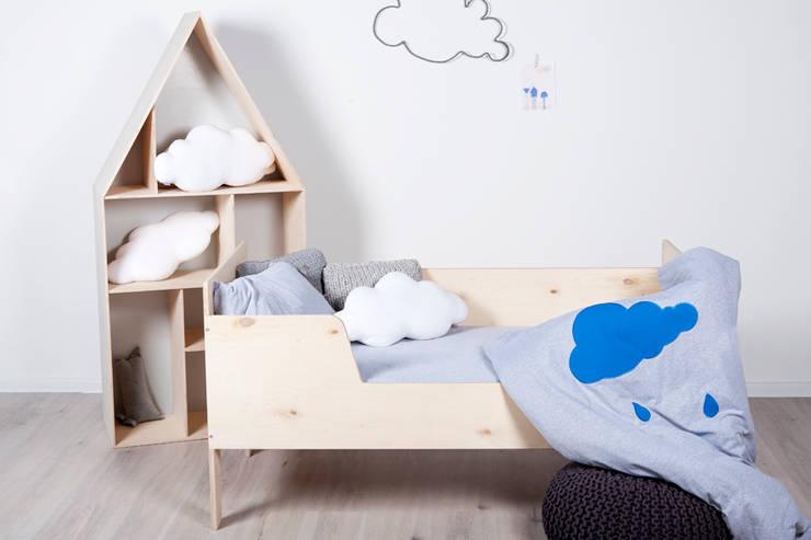 Biblioteczka drewniana Flip: styl , w kategorii Pokój dziecięcy zaprojektowany przez My Label