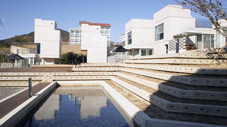 Mono Funny Pension  (통영 모노퍼니 펜션): archim architects의