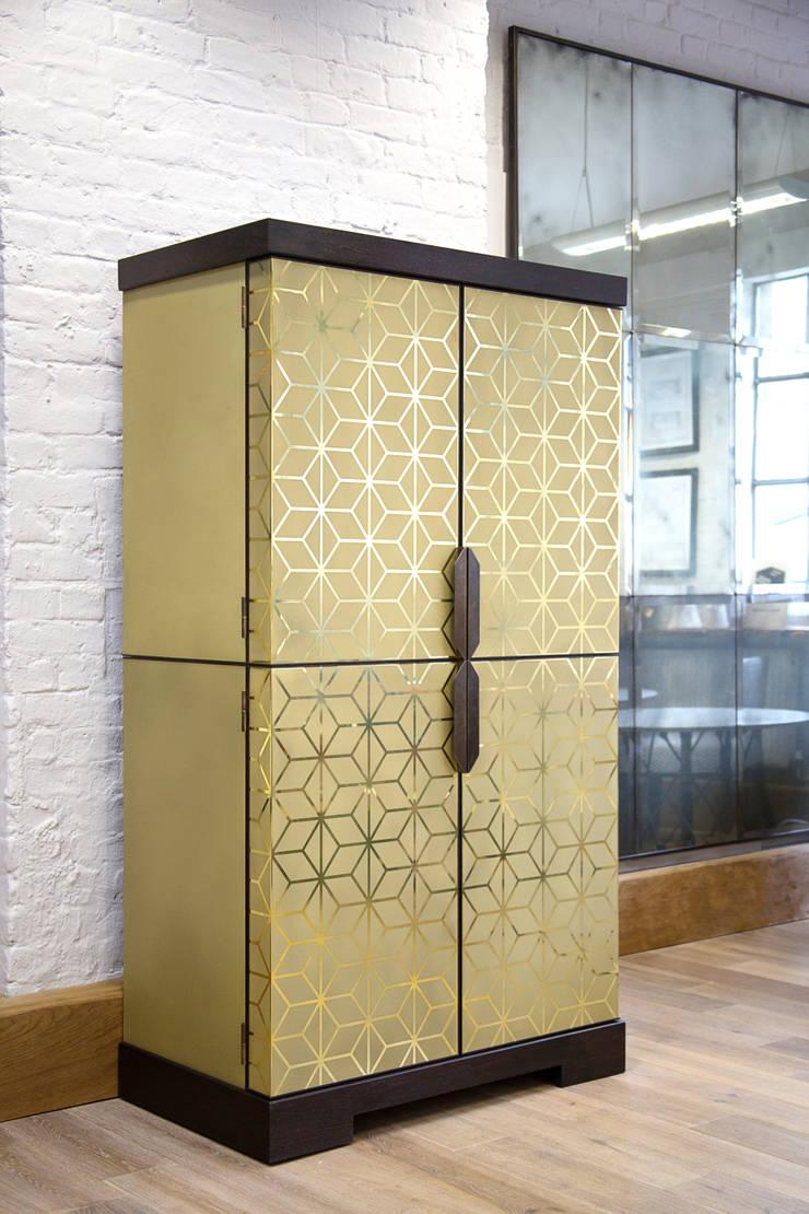 Art Deco Cocktail Cabinet:  Dining room by Rupert Bevan Ltd