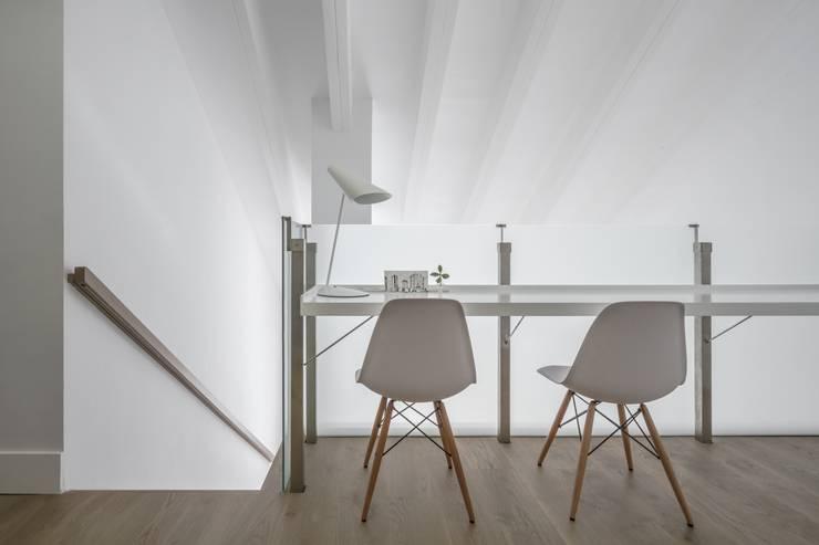 Estudio de estilo  por Hernández Arquitectos