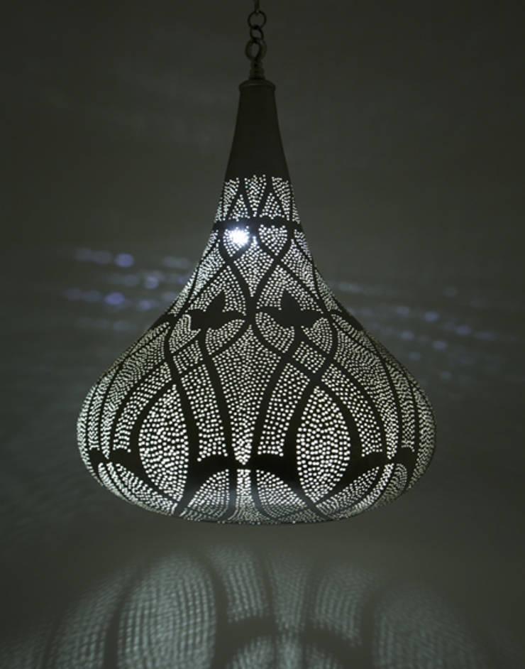 Large Silver Teardrop Pendant Light de Moroccan Bazaar Mediterráneo