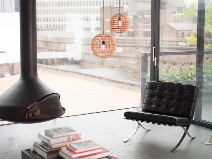 Hemmesphere an Globe Cluster:  Living room by david.sommer