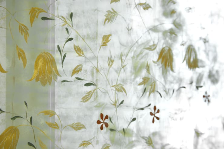 Decorative Verre Églomisé:  Walls by Rupert Bevan Ltd