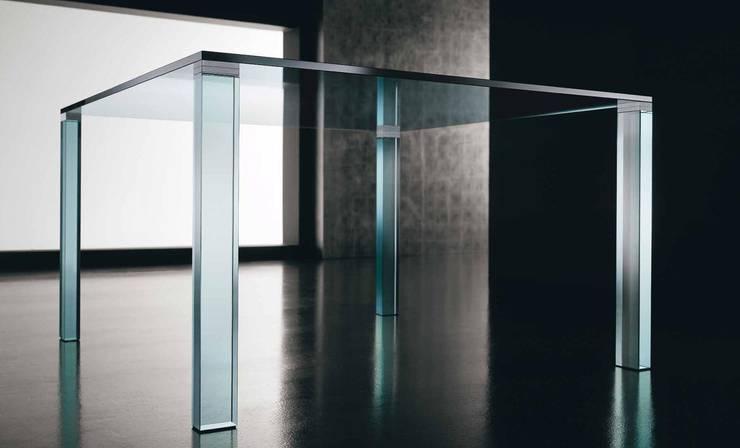 Leonardo Glass Dining Table:  Dining room by Karen Jane Interiors LLP