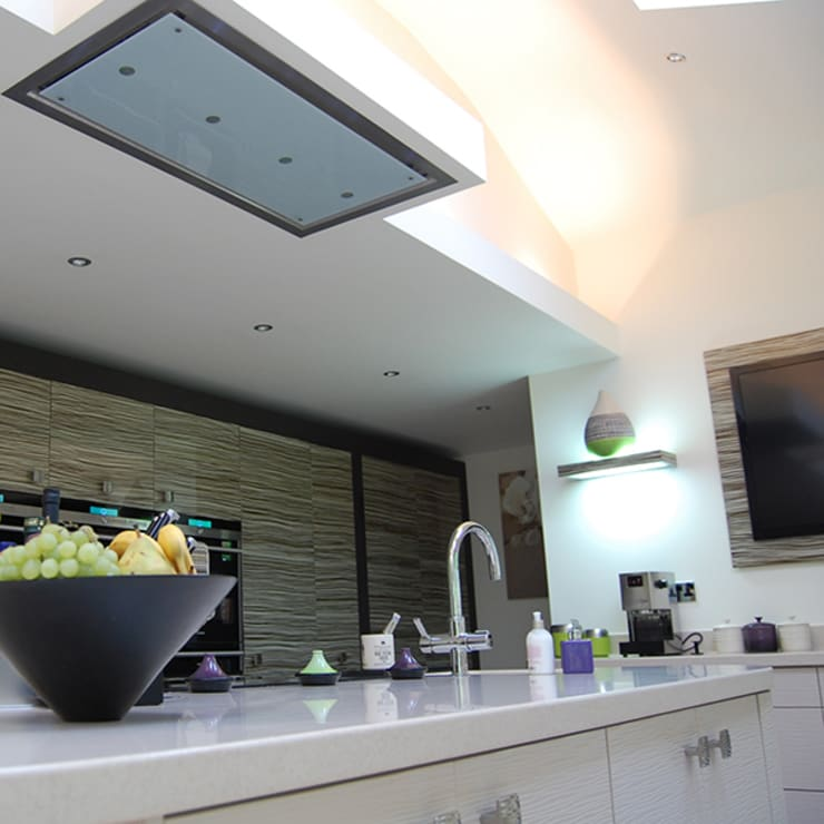 Ceiling mounted extractor:  Kitchen by Nest Kitchens