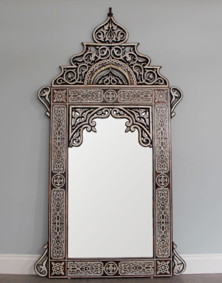 Moroccan Hand Crafted Bone Inlay - Arabic Style:  Dressing room by Moroccan Bazaar
