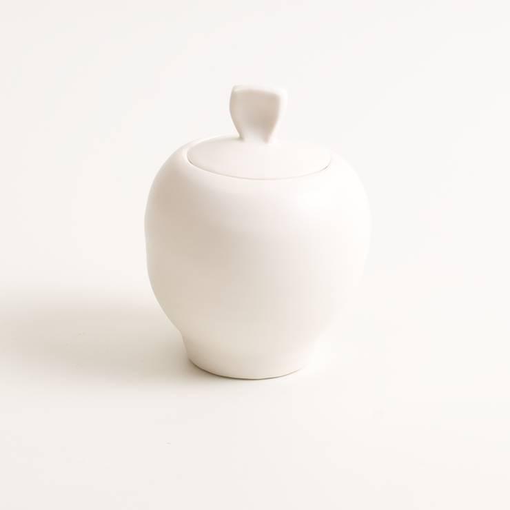 Handmade porcelain sugar pot:  Dining room by Linda Bloomfield