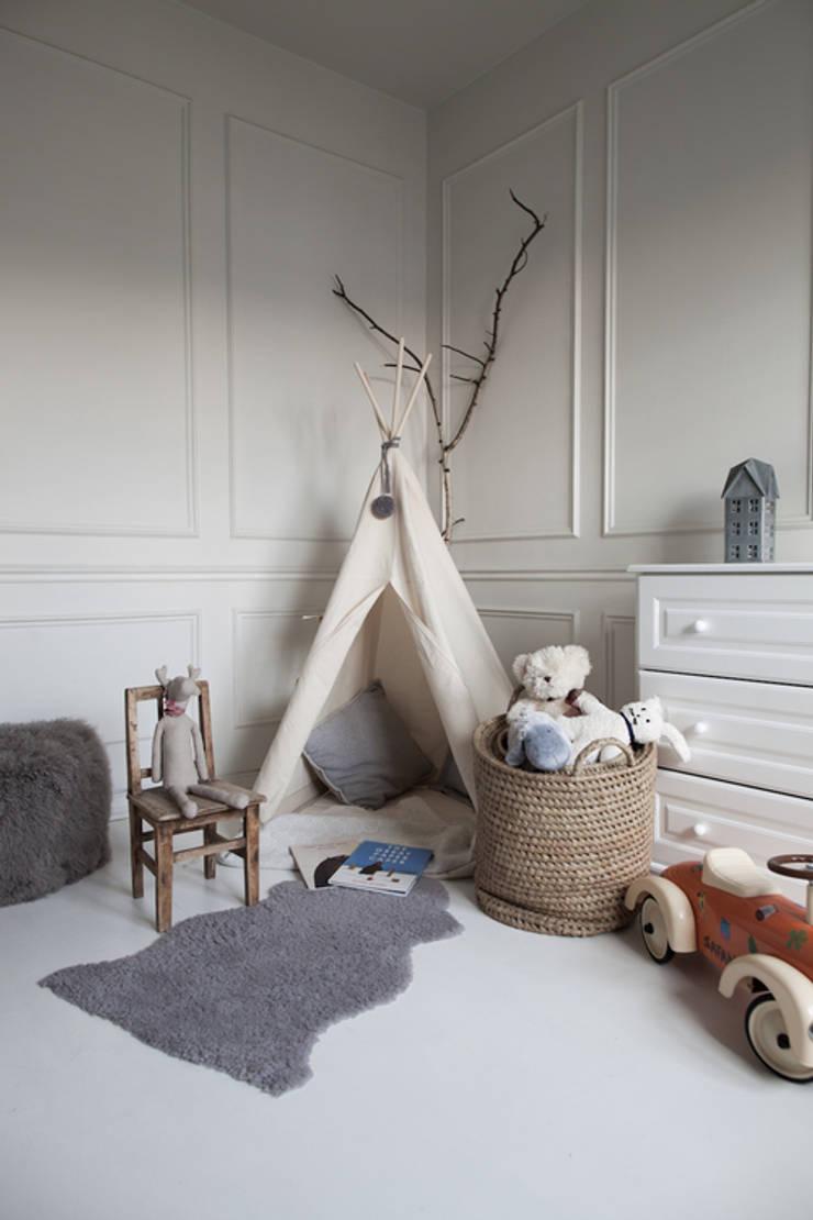 Apartament na Kabatach: styl , w kategorii Pokój dziecięcy zaprojektowany przez Studio Inaczej