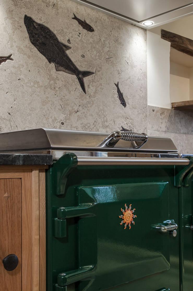Everhot Range cooker:  Kitchen by PAN|brasilia UK Ltd
