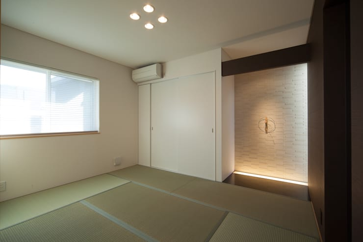 Ruang Multimedia by 一級建築士事務所 想建築工房