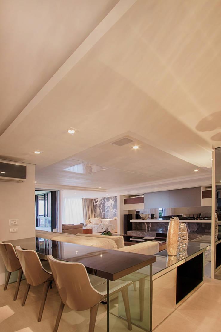 projeto |FT|: Salas multimídia  por Camila Bruzamolin - arquitetura