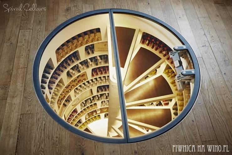 NOWE OKRĄGŁE DRZWI BEZRAMOWE : styl , w kategorii Piwnica win zaprojektowany przez PIWNICA na WINO