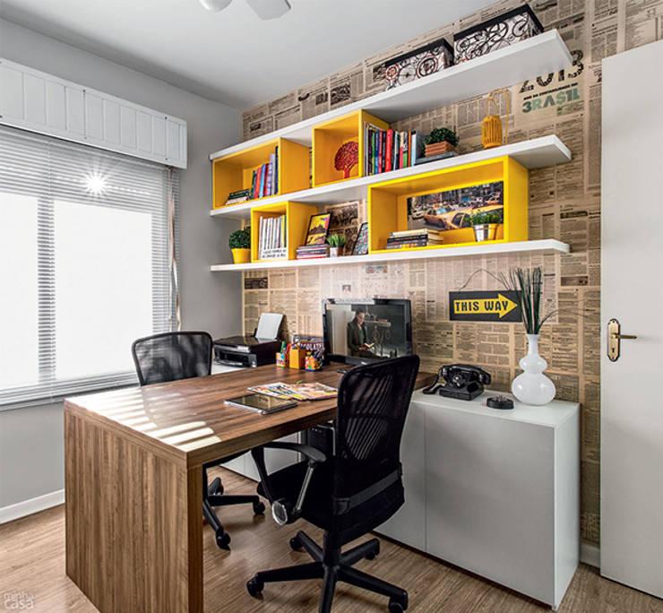 PROJETO HOME OFFICE APARTAMENTO MB – Tristeza/ Porto Alegre: Escritórios  por Ambientta Arquitetura