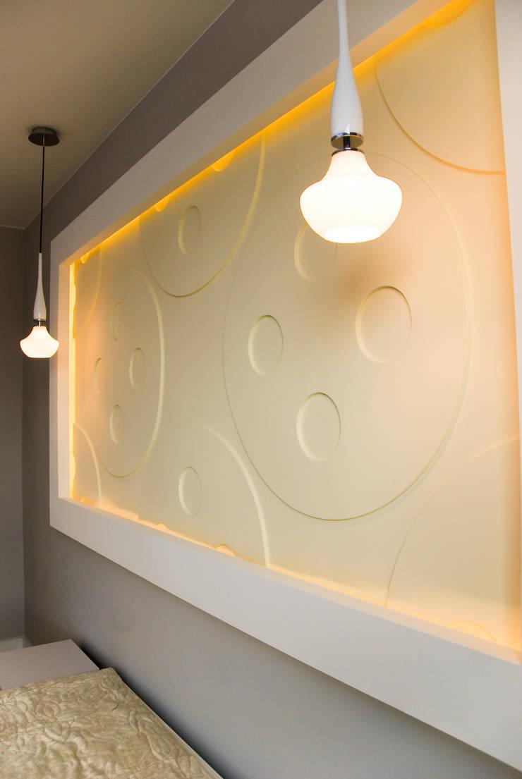 APARTAMENT NA SASKIEJ KĘPIE: styl , w kategorii Sypialnia zaprojektowany przez YNOX Architektura Wnętrz