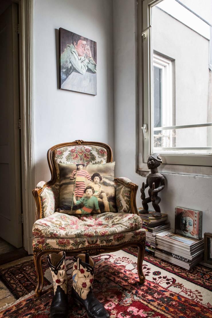 interieur- en kleuradvies:  Gang en hal door studio zipp, Eclectisch
