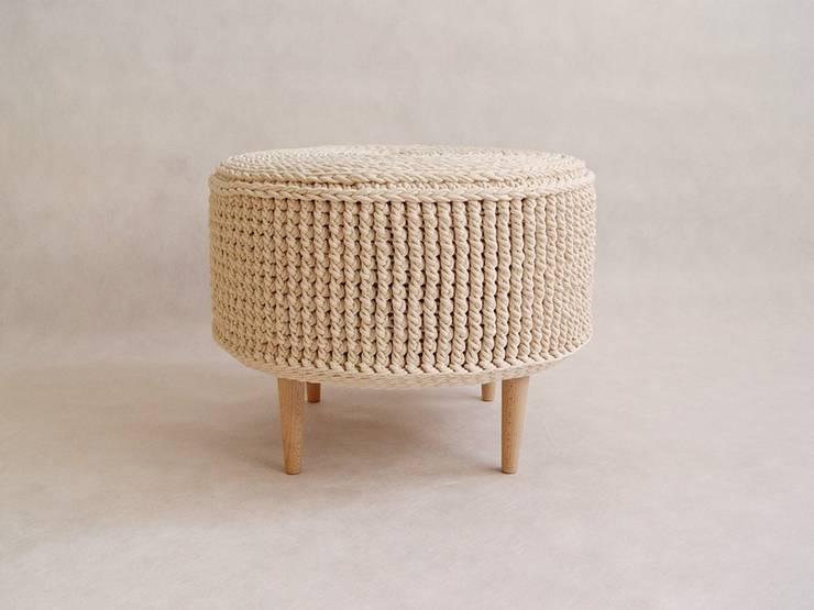 Ręcznie wykonana, dziergana, szydełkowana pufa model PARIS 55cm, materiał bawełna, kolor 23: styl , w kategorii Sypialnia zaprojektowany przez RENATA NEKRASZ art & design