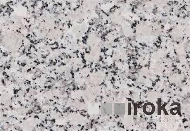 minimalist  by IROKA, Minimalist