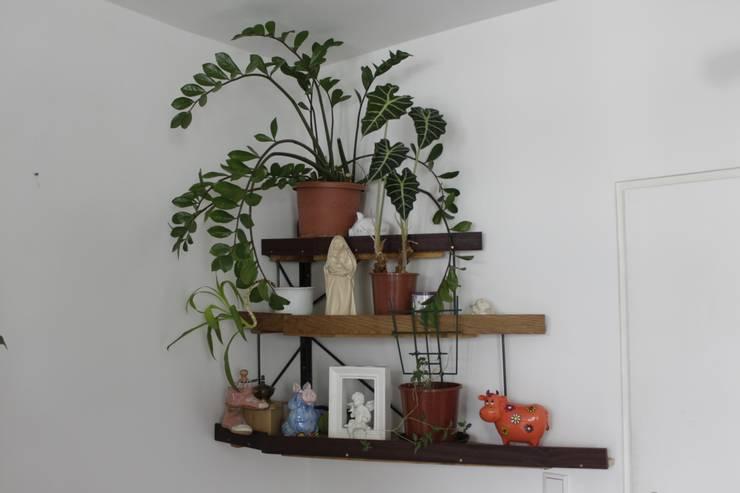 Living room by Volker Rueß