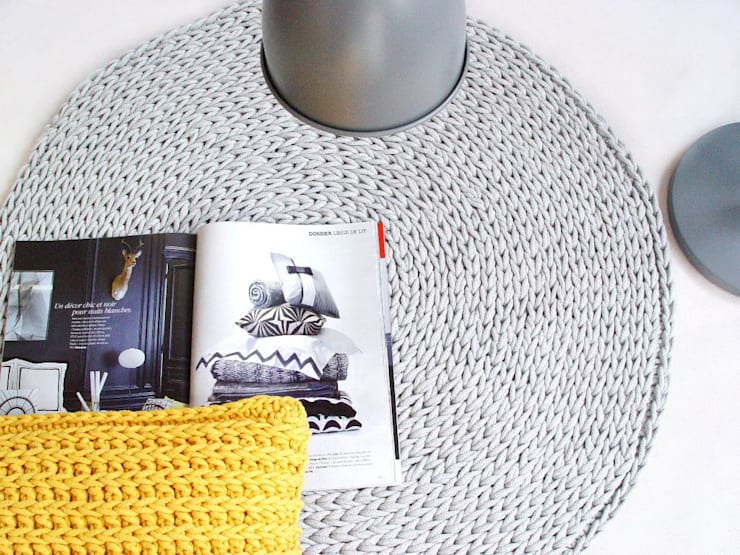 Handmade crochet rug, crochet carpet, round rug, knitted carpet, knitted rug, model COPENHAGEN. material cotton, color 12 de RENATA NEKRASZ art & design Escandinavo
