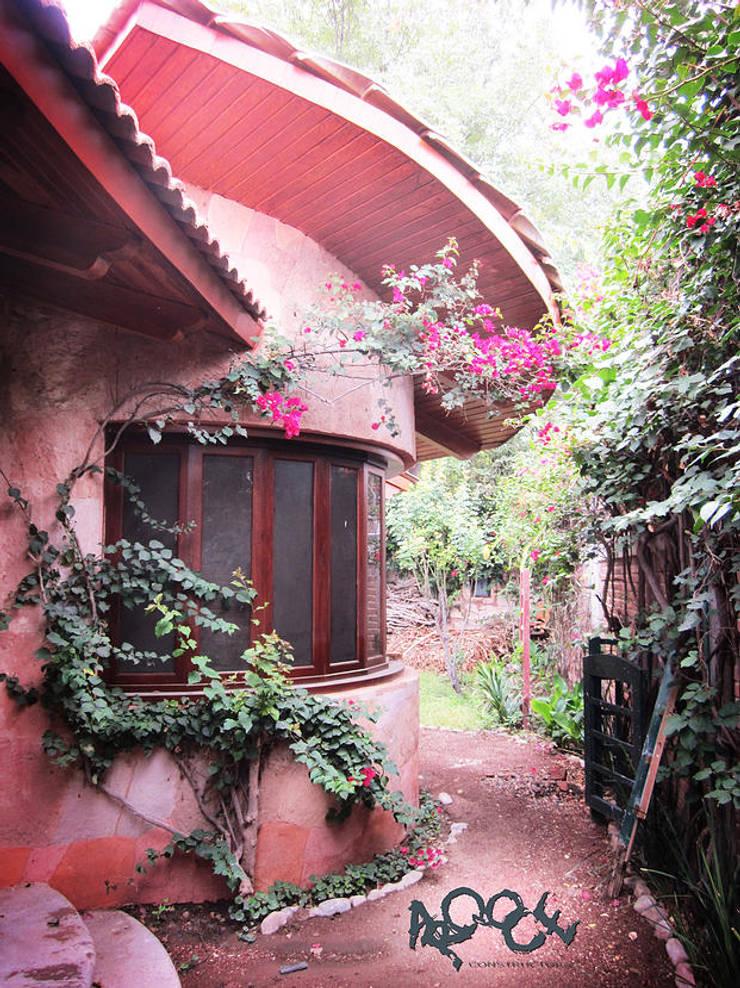 Casa Ala: Jardines de estilo  por CONSTRUCTORA ARQOCE