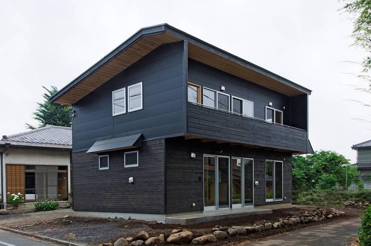 Casas  por 氏原求建築設計工房