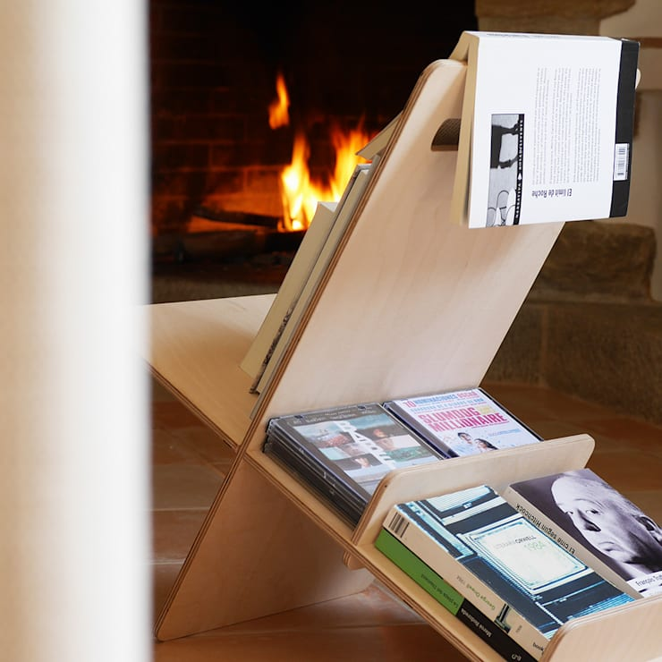 Mueble auxiliar, libreria DEBOOK: Dormitorios de estilo  de debosc