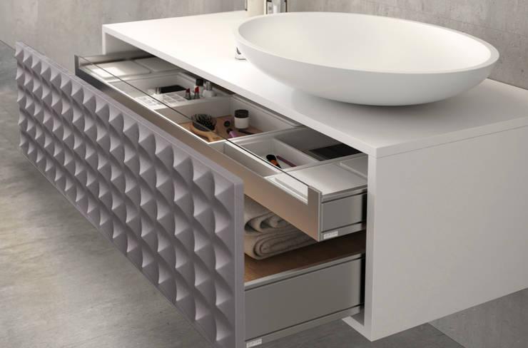 Mueble Diamond Plata : Baños de estilo  de Astris