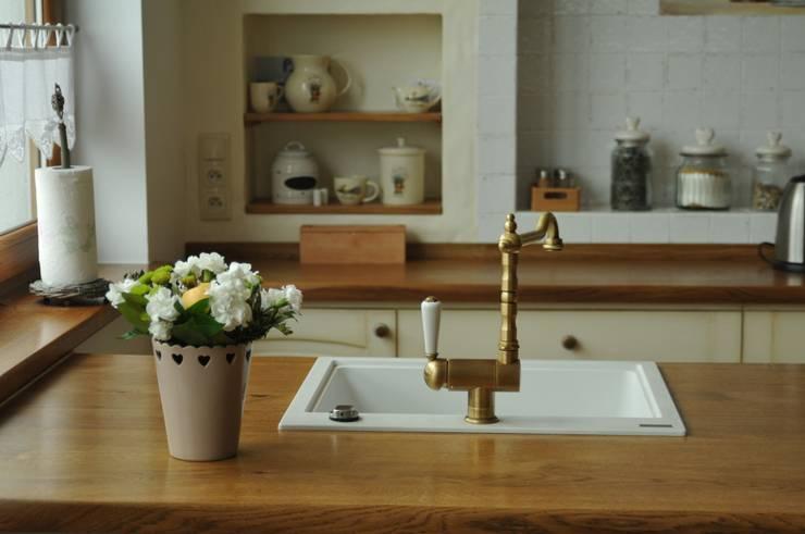Drewniany blat: styl , w kategorii Kuchnia zaprojektowany przez 'Rustykalnia'  Sztuka Wnętrza