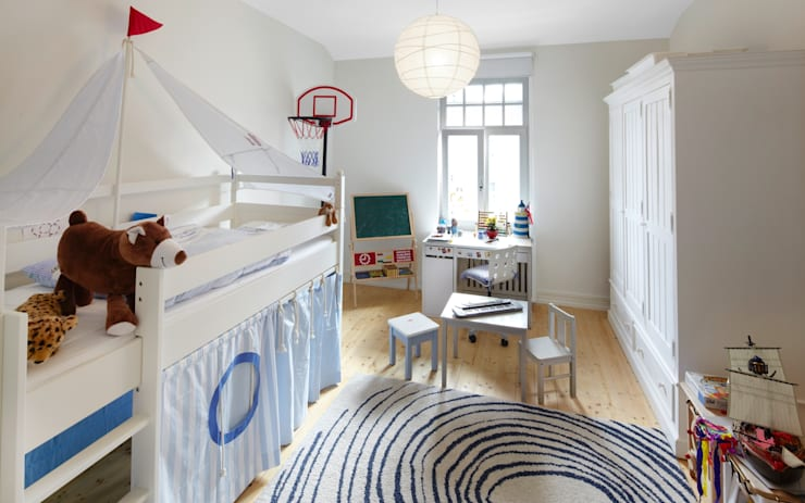 Nursery/kid's room by Schmidt Holzinger Innenarchitekten, Modern
