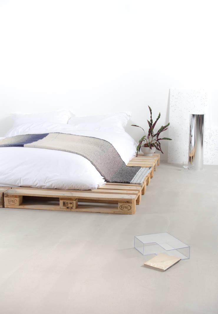 MOD: modern  door Studio Mae Engelgeer, Modern