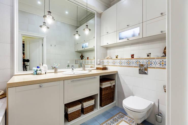 eclectic Bathroom by U-Style design studio
