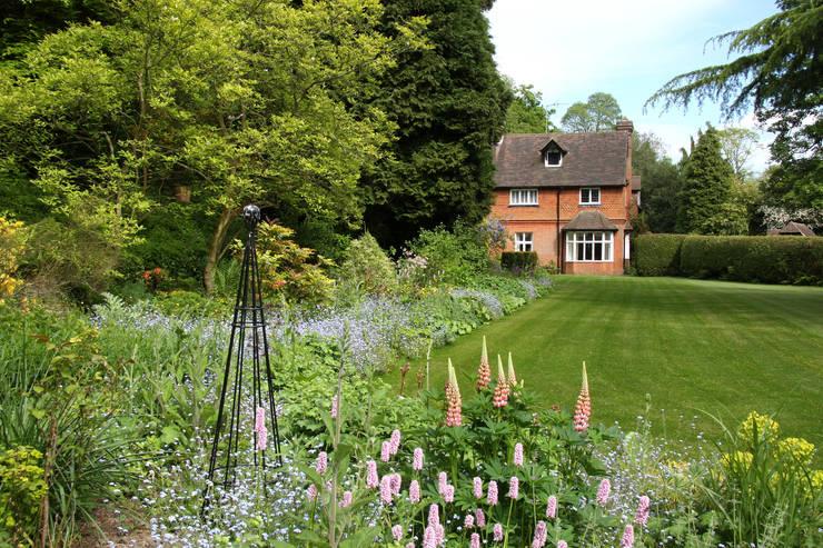 The Long Border:  Garden by Rebecca Smith Garden Design
