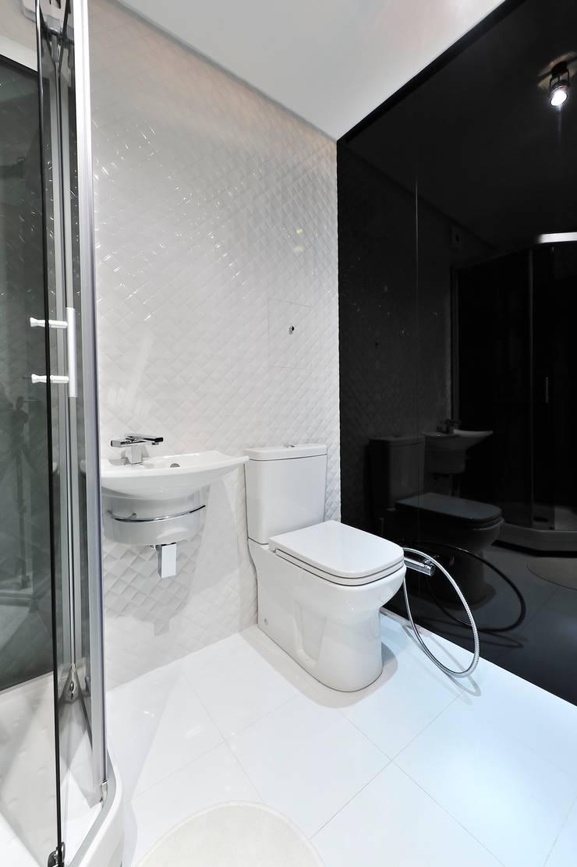 Квартира для отдыха: Ванные комнаты в . Автор – ontop-design