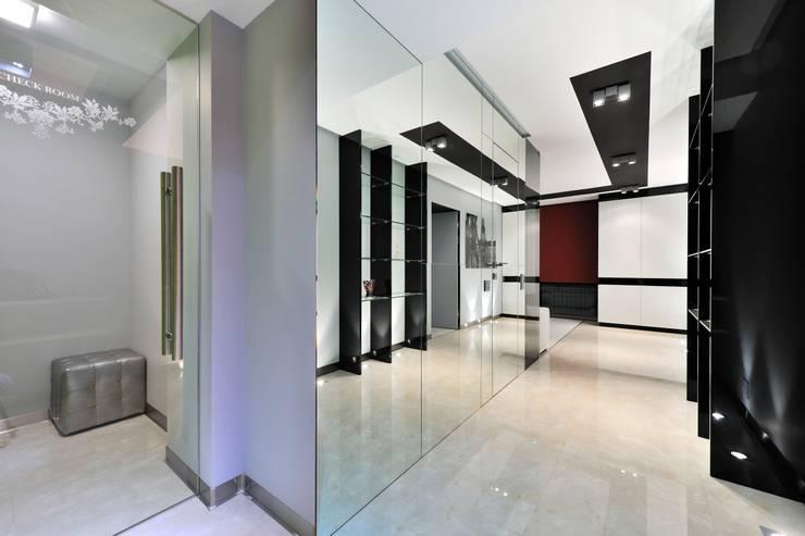 Квартира для отдыха: Коридор и прихожая в . Автор – ontop-design
