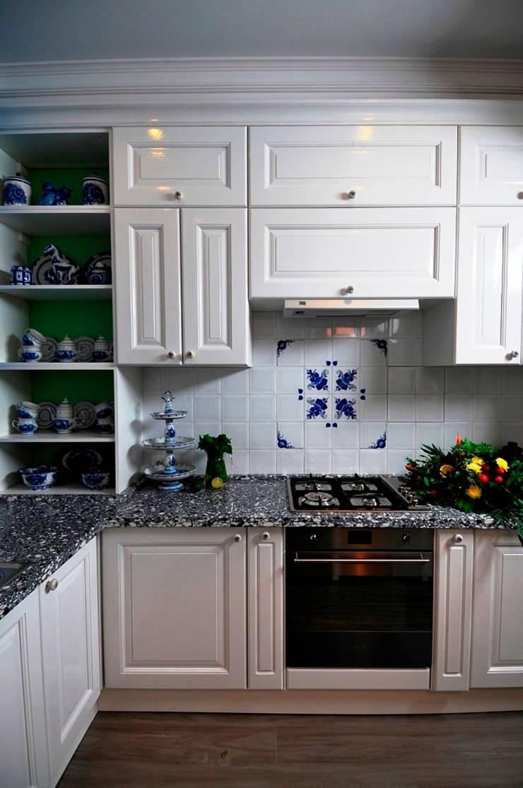 Кухня в русском стиле.: Кухня в . Автор – Сделано со вкусом на ТНТ