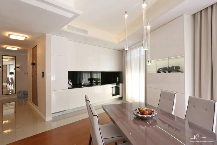 Kuchnia połączona z salonem: styl , w kategorii Kuchnia zaprojektowany przez Studio Modelowania Przestrzeni,Nowoczesny