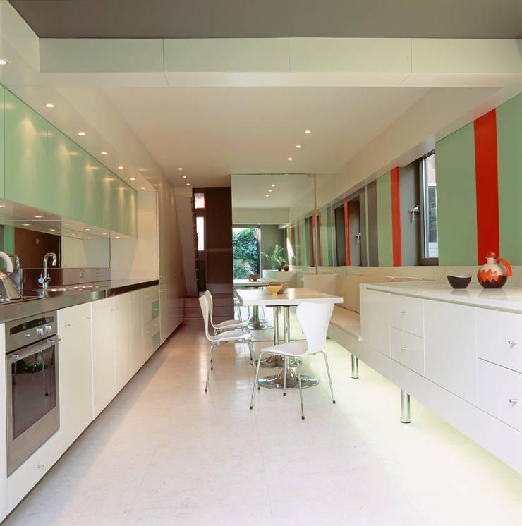 Highgate House - 1:  Kitchen by Jonathan Clark Architects