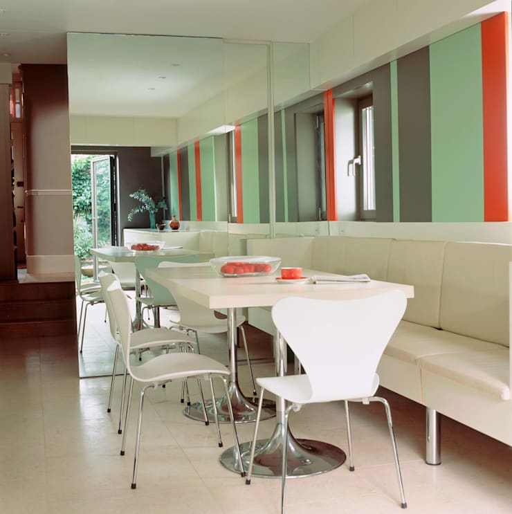 Highgate House - 2:  Kitchen by Jonathan Clark Architects