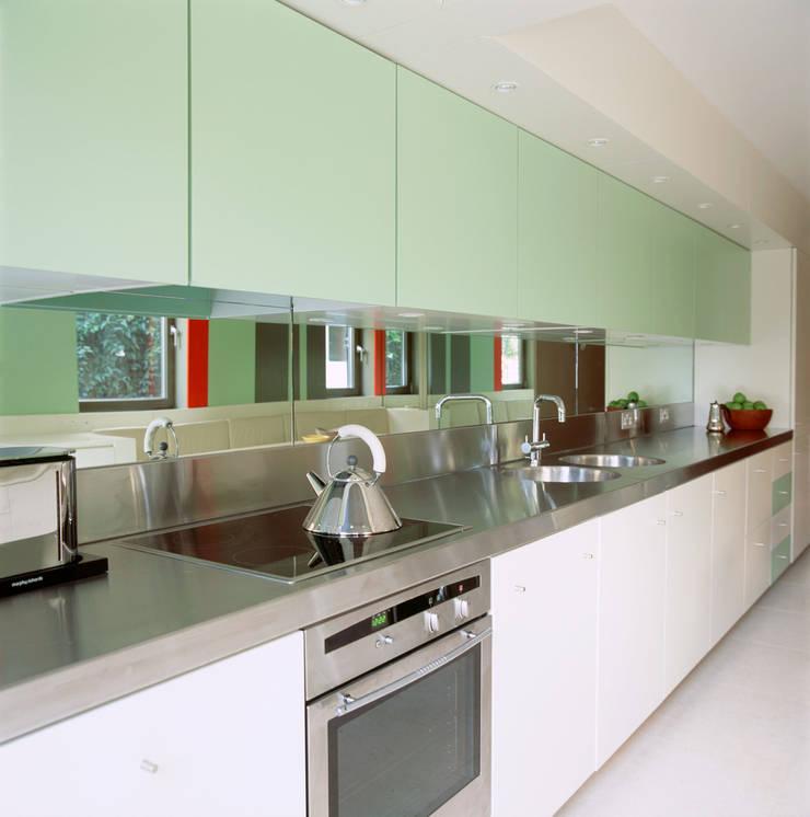 Highgate House - 4:  Kitchen by Jonathan Clark Architects
