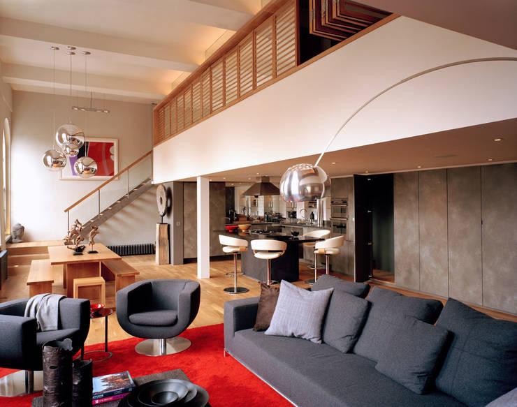 Islington Apartment - 1:  Living room by Jonathan Clark Architects
