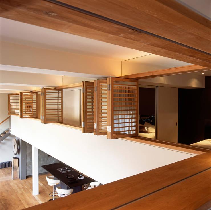 Islington Apartment - 3:  Bedroom by Jonathan Clark Architects