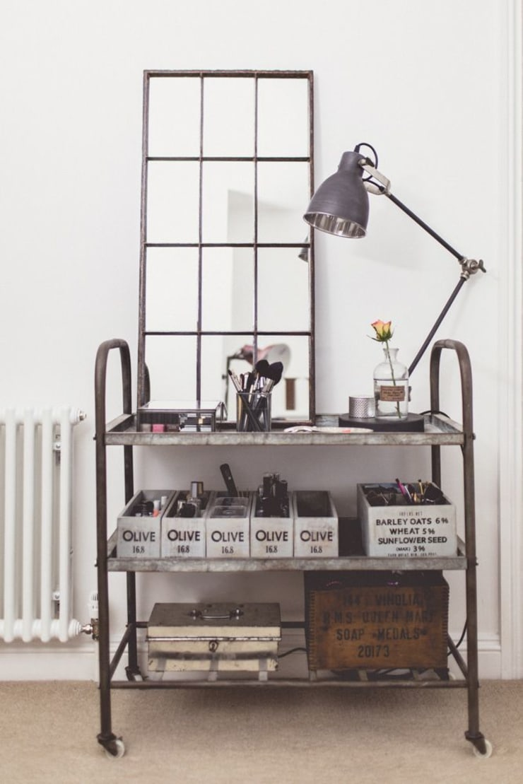 Reclaimed Industrial Metal Window Mirror:  Dressing room by Sugden and Daughters