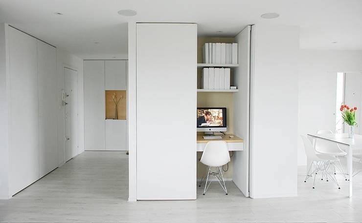 moderne Studeerkamer/kantoor door Martin Gasc