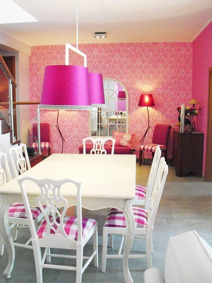 Sala Comum: Salas de jantar  por Stoc Casa Interiores