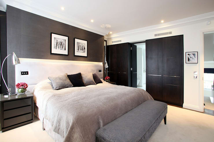 Fulham House by Peek Architecture.:  Bedroom by Alex Maguire Photography